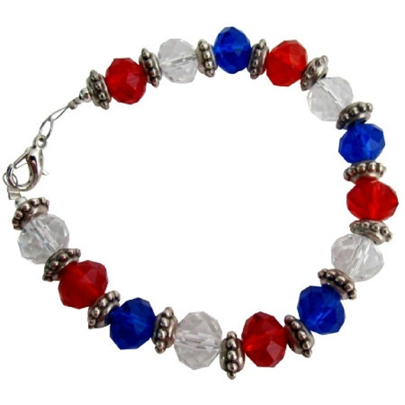 Love USA 4th Of July Celebrate Patriotic Day - Stunning Bracelet With Red White Blue Glass Beads Free Sipping In USA