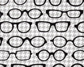 Robert Kaufman Fox and The Houndstooth Eyeglasses Gray Quilting Apparel Fabric BTY