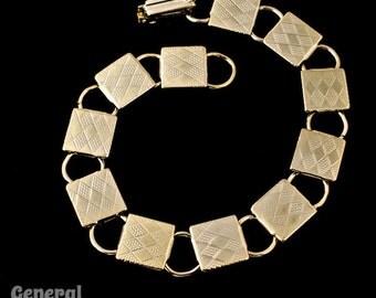 7 1/2 Inch Gold Station Bracelet #BRG024