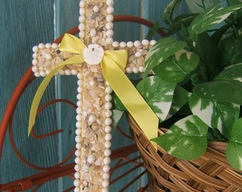 Seashell Wall Cross with Genuine Sanddollar and Yellow Ribbon, Grandma, Mom, Little Sister, Aunt, Boss, Colleague, Teacher, Student Gift