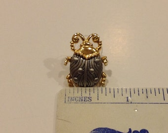 Artifacts J.J. Lady Bug clutch pin  Silvertone & Goldtone new old stock