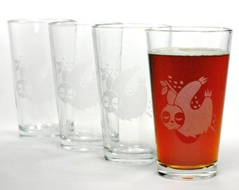 4 Sloth Etched Pint Glasses - beer gift