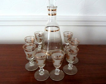 Cordial or Aperitif Glasses With Matching Decanter. Set of Eight