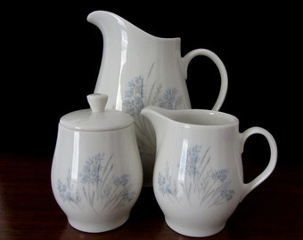 Syracuse 'Carefree' True China Pitcher With Sugar Bowl and Creamer in the Blue Grass Pattern
