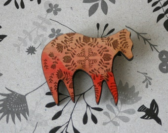 Leaf Pattern Bear -  Wooden Pin