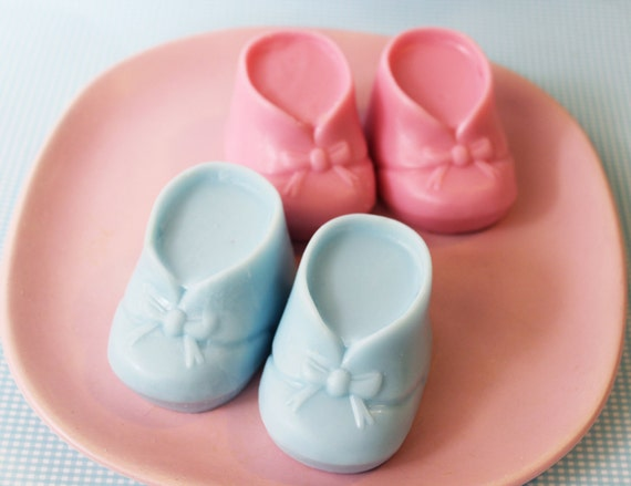 Baby Shower Soap Favors Bootie Set - Baby Soap, Soap Favors, Its a Girl, Its a Boy, Baby Powder, New Mom Gift, Baby Soap, Gender Reveal Soap