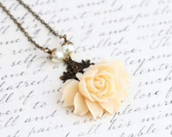 Cream Rose Necklace - Statement Necklace - Vintage Style Flower Necklace - Bridal Necklace - Cream Necklace - Wedding Necklace