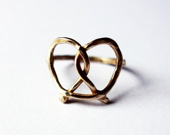 Bronze Pretzel Ring