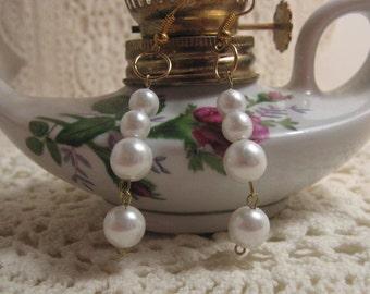 Earrings, White Pearl