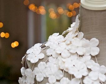 Winter wonderland wedding, winter garland, Paper Garland, HYDRANGEA, Wedding garland, Flower garland, White wedding, white flowers