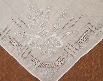 Vintage Hanky/ Handkerchief - Embroidered Fine Cotton - Something Old