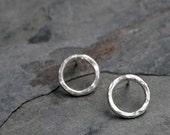 Open Circle Earrings, Sterling Silver Post Earrings, Eternity Round Studs, Sweet Minimalist Silver Peekaboo Earrings, Circular Dainty Stud