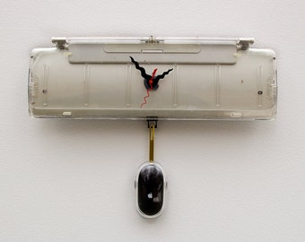 Mac Keyboard Clock, recycled Apple clock, computer clock, computer PC clock, steampunk clock, reuse clock, mouse clock, industrial desgn
