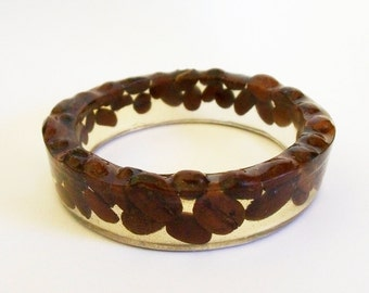 Resin bangle with coffee beans - small