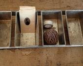 Vintage Industrial Baking Pan, 4 Mini Bread Loaf Pan Rack, Use as a  Shelf