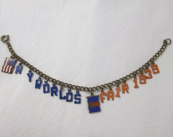 Vintage 1939 New York World's Fair Souvenir Charm Bracelet
