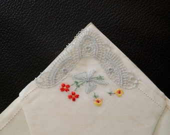 Pair of 2 Vintage White Cotton Lawn Handkerchiefs Hankies Embroidered Flowers and Lace