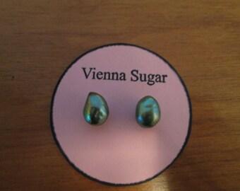 8 mm Green Genuine Freshwater Pearl Magnetic Earrings