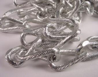 5 Feet of Textured Long Link Aluminum Chain