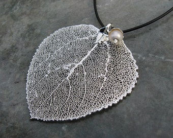 Real Leaf Pendant - Sterling Silver - Aspen - Pearl