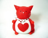 Red and White Cat Pincushion, Red heart cat, Cute Felt Red Cat, Romantic cat gift, Valentine Day gift, Cat home decor, Cat lover gift, MTO