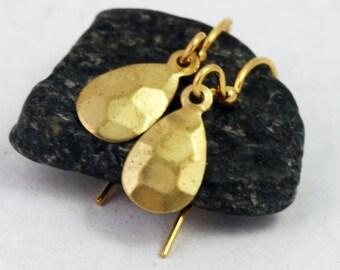 Simple Hammered Brass Teardrop Earrings - Petite, everyday earrings