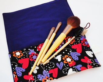 Makeup Brush Roll, Cosmetic Brush Roll in Hearts on Black