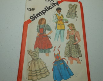 Ladies Apron Pattern Vintage Uncut