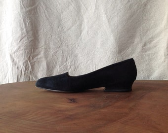 Vintage Suede Smoking Slippers. Joan & David, Handmade in Italy.