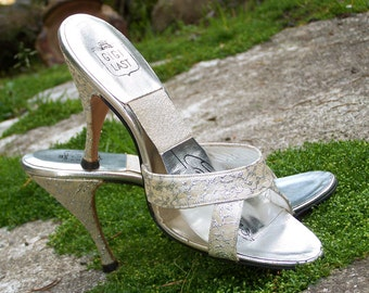 Stunning Vintage 50s Gigi Springolator High Heel Shoes-Gold and Silver Brocade-Size approx 5.5