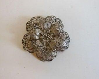 1920's brooch / Large Vintage 20's Sterling Filigree Flower Brooch