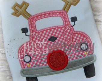 Reindeer Vintage Truck Embroidery Applique Design