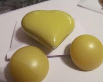 big sunny yellow heart plus