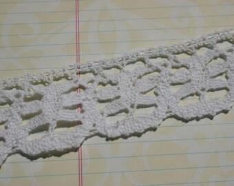 "White Cluny Lace - Crochet Trim - Pinwheel Design - 1"""