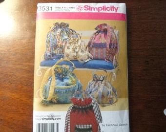 Simplicity 3531 purse pattern
