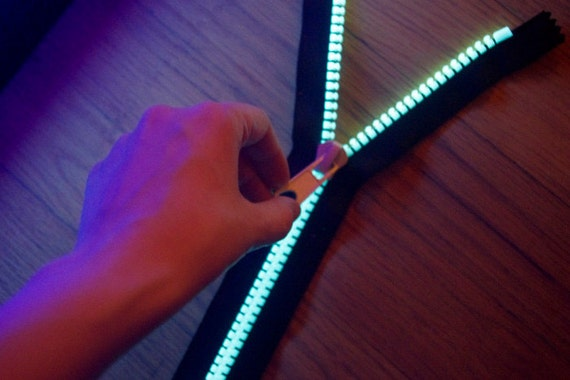 Photoluminescent Glow-in-the-Dark Raver ZIPPER Luminous Teeth - large #10 gauge size, various lengths, jacket separating style