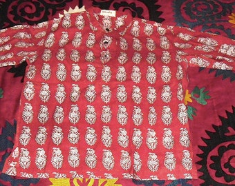 Vintage India Block Printed Tunic Top Paisley Shaped Floral Pattern on a ground of red cotton sz L