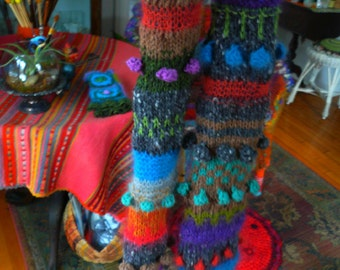 outdoor artist scarf--a dramatic piece of warmth