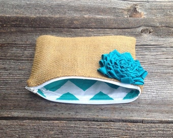 Bridal Party Gifts, Bridesmaid Clutch, Something Blue, Bridesmaid Gifts, Rustic Barn Wedding, Blue Wedding, Burlap Bags, Maid of Honor, Gift