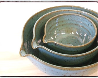 Turquoise Nesting Bowls-Set of Three with Spout by misunrie