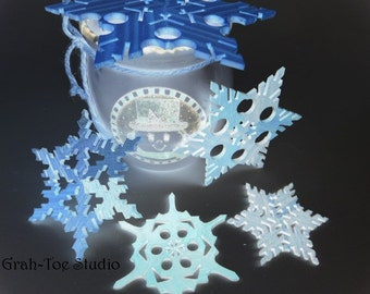 Snowflake Ornaments, Wooden Snowflakes, Star Garland,  Frozen-Inspired Snowflakes, Decorations, Christmas, Yule