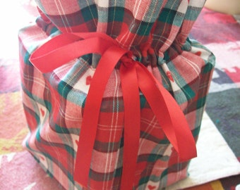 Green and Red Plaid with Red Hearts Tissue Box/Toilet Paper Cover