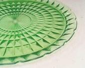 Vintage Wedding Cake Plate Green Depression Glass Cupcake Dessert Stand Hors d'Oeuvres Wedding Platter Bridal Shower Decor Prop Hopsack