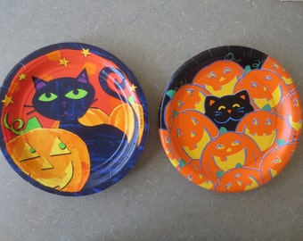 Vintage Halloween Plates, Paper Plates, Party Supply, Black Cats, Pumpkins, Orange and Black, Vintage Holiday, Holiday Decor, Party Plates