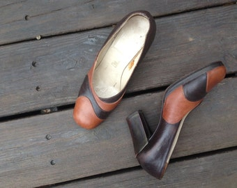 Shoes  1960s Vintage Brown Swirl Leather Chunky Heels   6 - 7