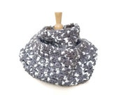 gray crochet scarf, gray crochet cowl, gray cowl scarf, wool scarf, chunky cowl scarf, gray chunky scarf, gray and white, warm winter scarf