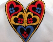 Vintage Find - Large Mod 1970s Colorful Heart Patch - Appliqué, Embroidery, Trim, Valentine  (1)
