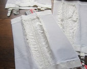 Vintage Girdle * 1950's Lace Girdle * Vintage Undergarment *