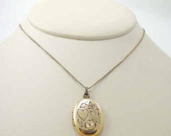 Vintage Heart Flowers Locket Necklace Pendant 12k Chain Clasp Signed Smith & Crosby Filled Oval Gold Etched Engraved 596