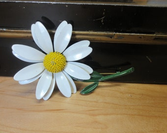 "SALE Vintage White Yellow Daisy Metal Flower Pin Brooch 2.5"" FLOWER with stem 3 7/8"""